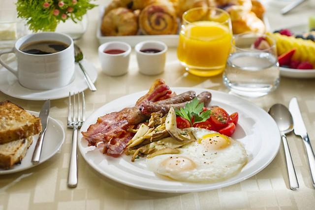 Kết quả hình ảnh cho Bữa sáng dinh dưỡng cho người gầy