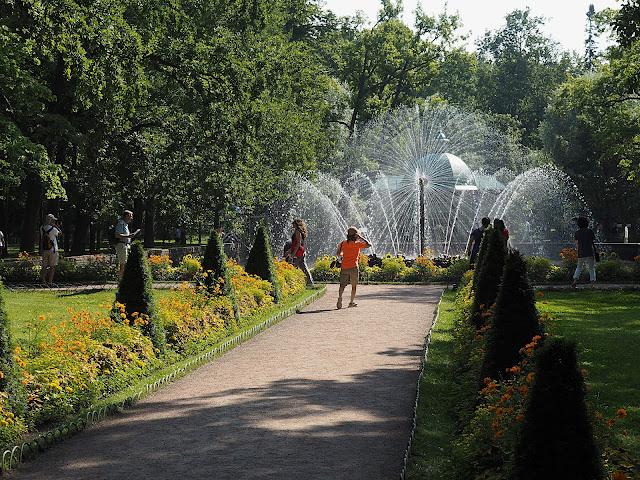Петергоф, фонтан Солнце (Peterhof, Fountain Sun)