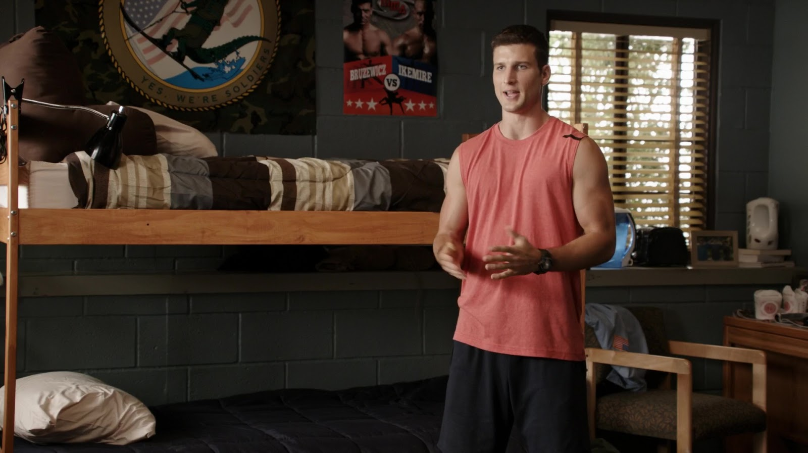auscaps parker young and geoff stults shirtless in