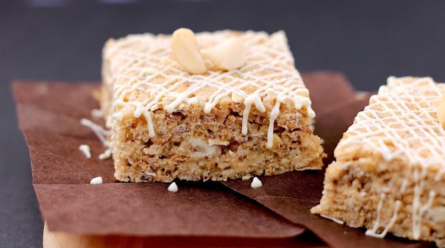Healthy White Chocolate Macadamia Nut Krispy Treats - Desserts with Benefits