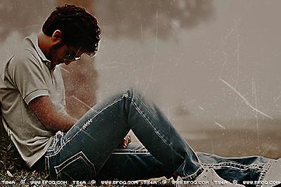صور رجال شخصية حزينة