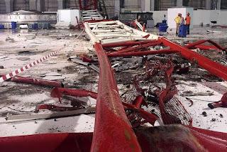 crawler crane boom inside of the mecca mosque