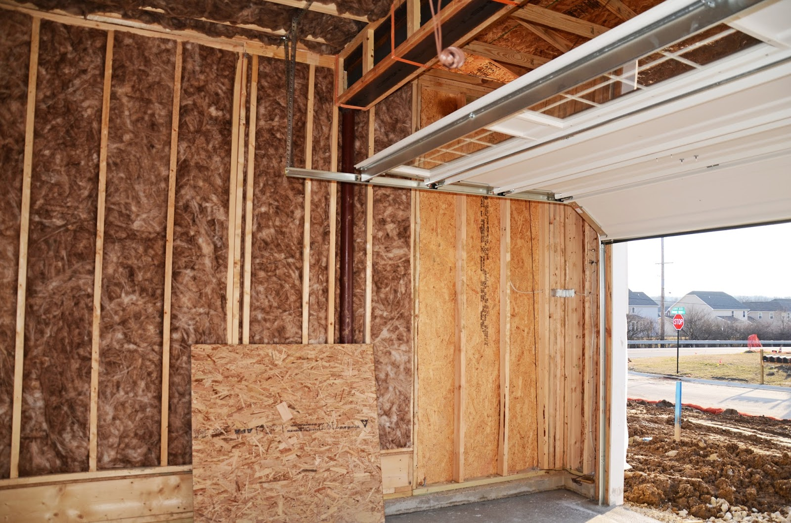 Lighting Basement Washroom Stairs: Ryan Homes Milan: New Home Construction Experience: Ready