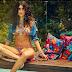 Thaila Ayala posa de biquíni e mostra o corpo moldado a fast food