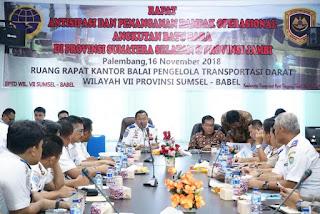 Pelarangan Angkutan Batu Bara Di Jalan Umum Palembang Menyisakan Masalah