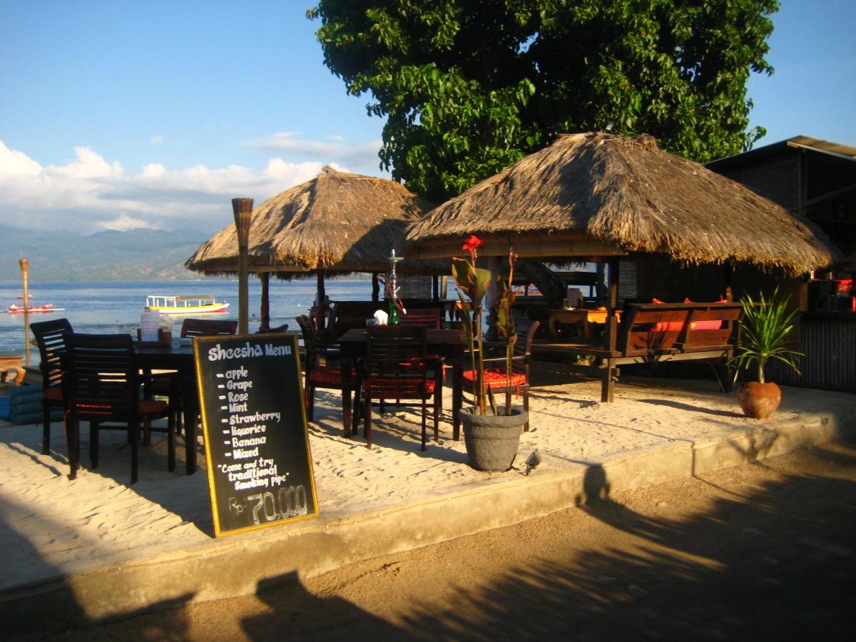 흔한 해변 카페