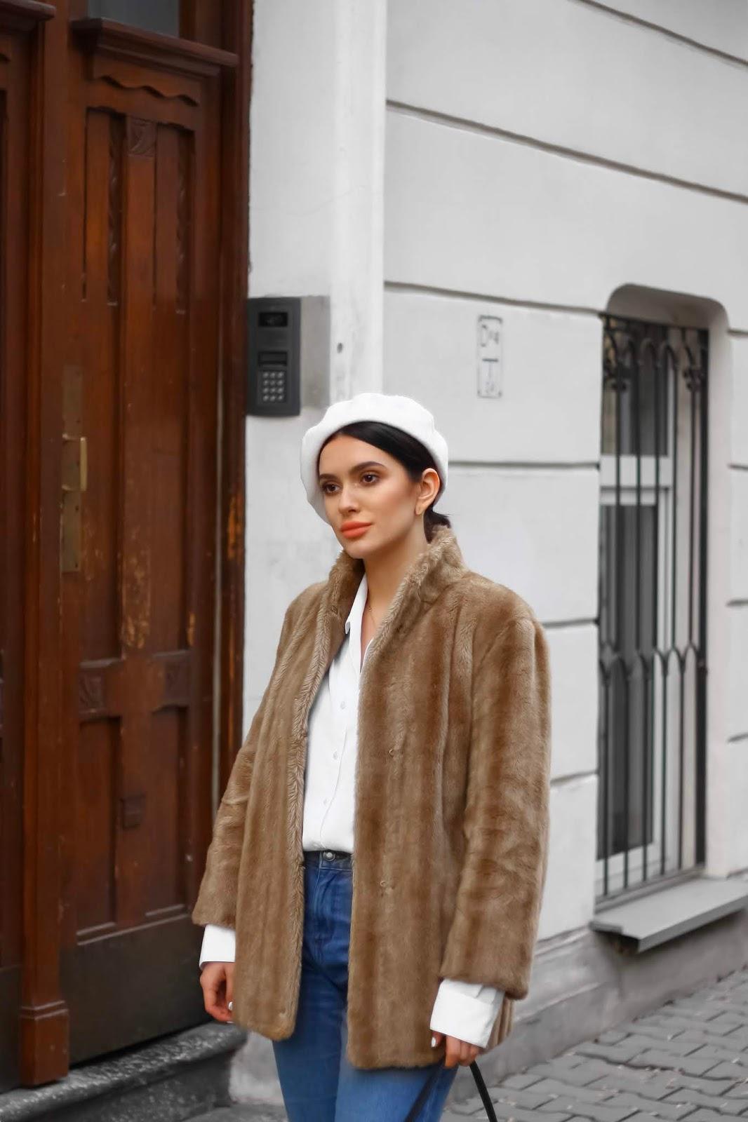 biały beret stylizacja, jak nosić beret, francuski szyk