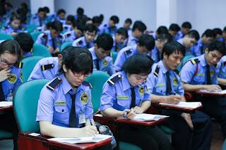 Rèn luyện các kĩ năng giao tiếp của nhân viên bảo vệ