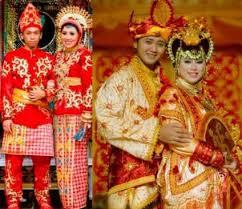 Nama-Pakaian-Tradisional-Adat-Sulawesi-Tenggara-keterangan-dan-penjelasan