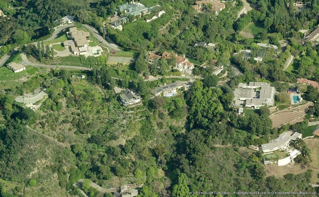 Jennifer Aniston's house from the west side, pictured far right center