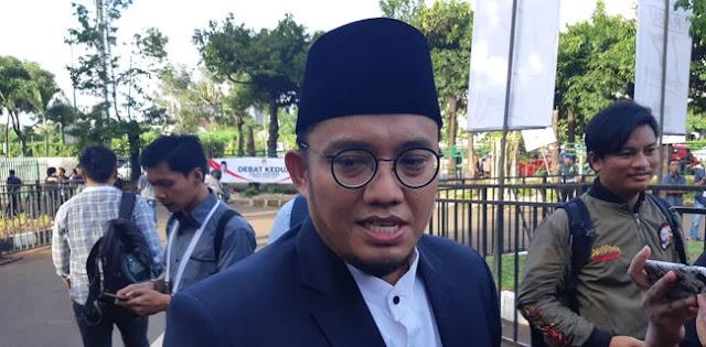 Jokowi Bawa Beban, Prabowo Menawarkan Perubahan