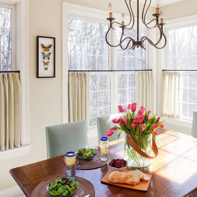 extraordinary cafe curtain living room   Cafe Curtains: Love them or Hate them?   JULIA RYAN