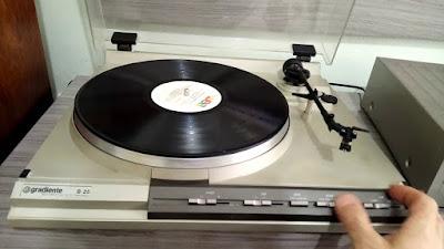 A história do toca-discos