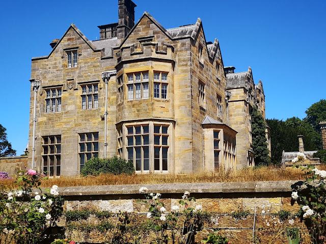 New Scotney Castle
