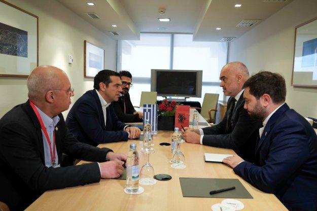 Συζήτηση για την ελληνική μειονότητα στην Αλβανία μεταξύ Τσίπρα και Ράμα