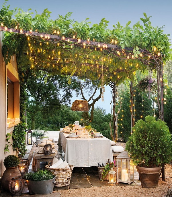 Ideas For Decorating Outdoor Dining Room Tables 9