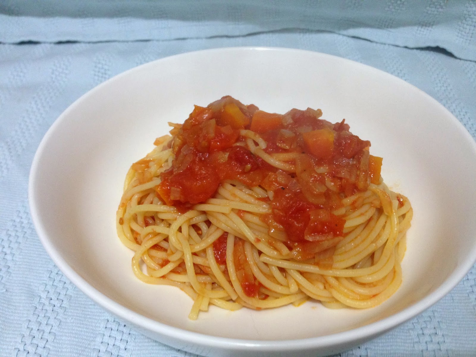 Tomato Sauce with Carrots and Onions from My Berlin Kitchen.