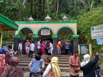 Lokasi dan Waktu Ziarah Gua Saparwadi Pamijahan Tasikmalaya