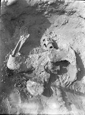 http://historybuff.com/dura-europos-archeological-dig-reveals-skeletons-from-ancient-underground-skirmish-meZBDBk4q9YK