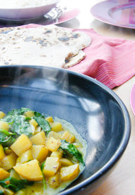 Spicy Spinach and Potato Curry