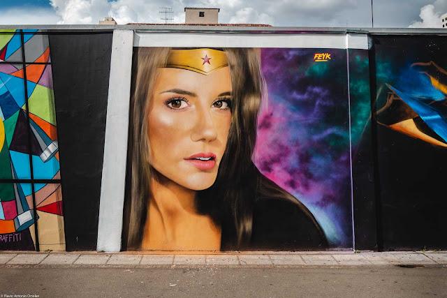 Grafite em um muro na Rua Lourenço Pinto