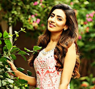 Bidya Sinha Saha Mim : biography, Age, Height, Weight, Husband/Boyfriend Pictures