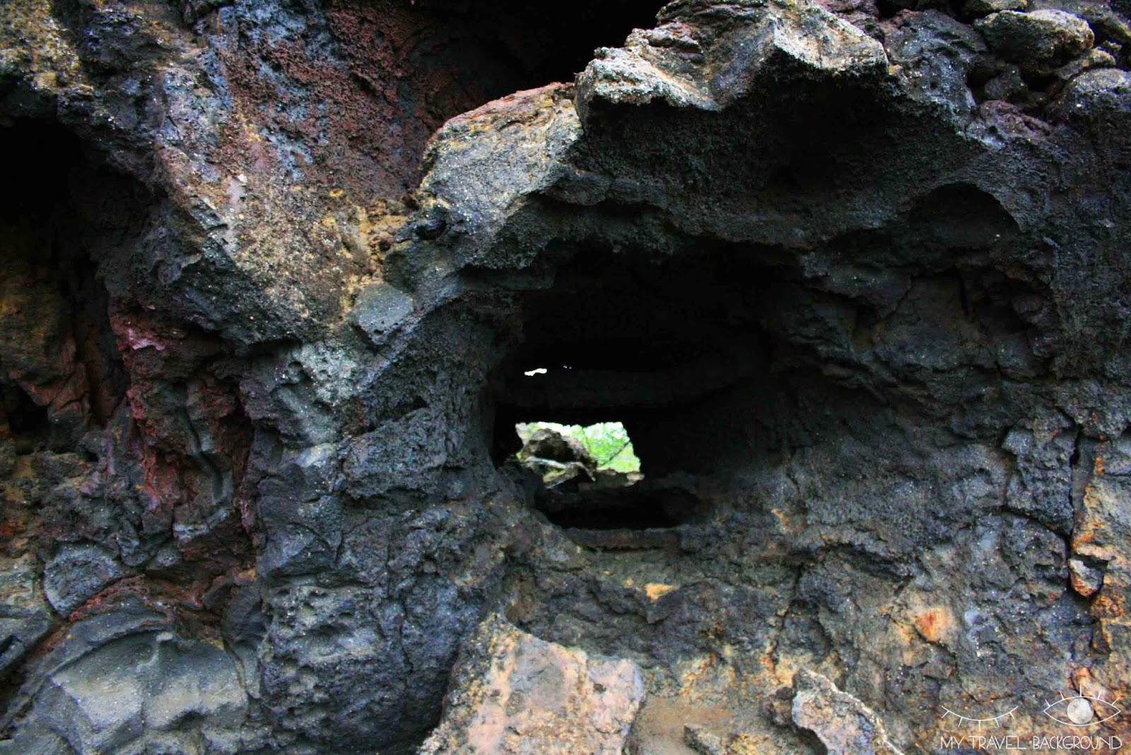 My Travel Background : 18 lieux à découvrir absolument en Islande, se promener au milieu des formations de lave