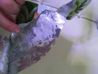 Reste de produit du masque tissu pour le visage IDC institute à lhuile d'olives pour tous les types de peaux