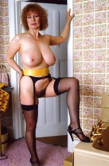 nonna matilda 899 211 118 cagate in bocca telefono erotico vecchie