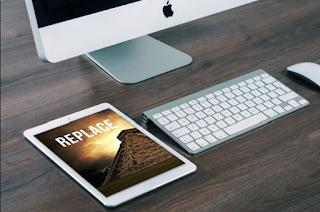 FREEBIE: iPad Mock Up