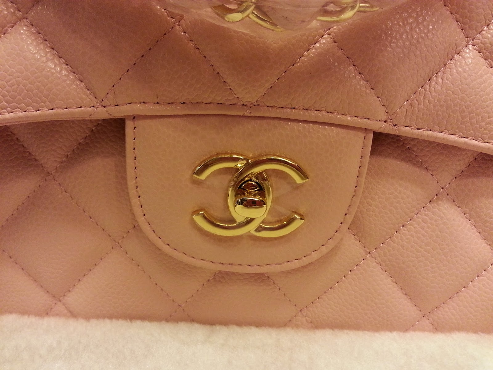 8d7802368e7b Deal Treasure: Chanel Classic Jumbo Pink Caviar Leather Double Flap ...
