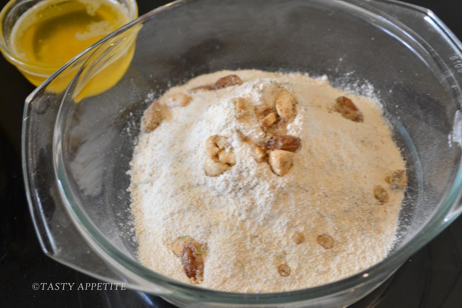 Urad Dal Ladoo / Sunnundalu / Diwali Recipes