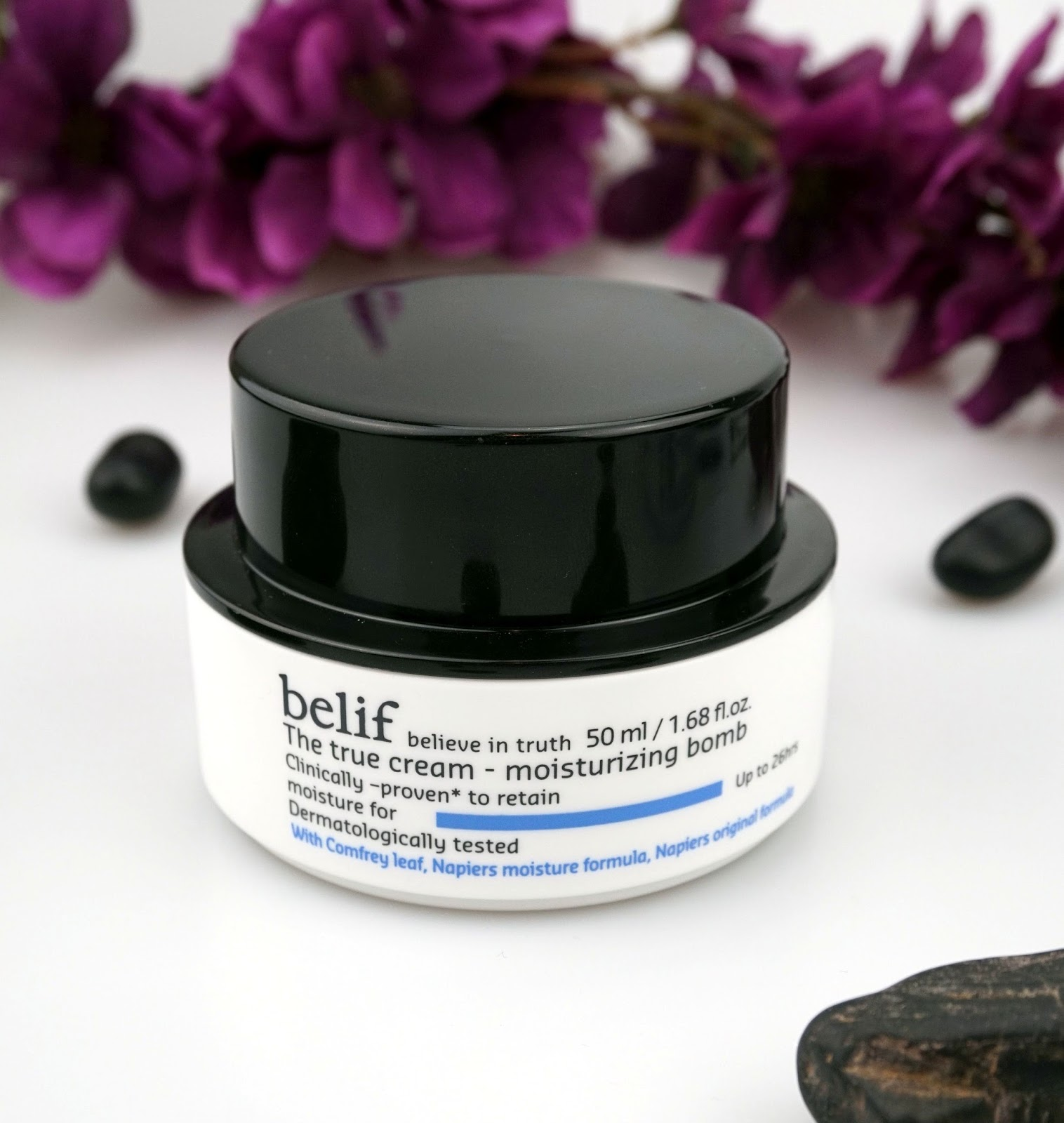 belif true cream moisture bomb aqua bomb review