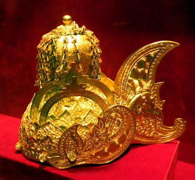Sejarah Kejayaan dan Runtuhnya Kerajaan Kutai Beserta Peninggalan dan Rajanya Sejarah Kejayaan dan Runtuhnya Kerajaan Kutai Beserta Peninggalan dan Rajanya
