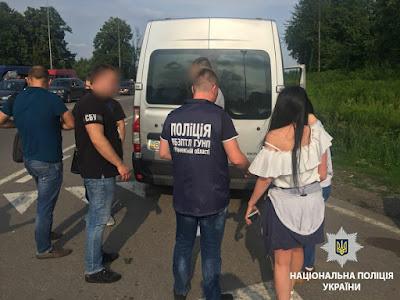 Правоохоронці запобігли вивезенню 2 жінок у закордонне сексуальне рабство