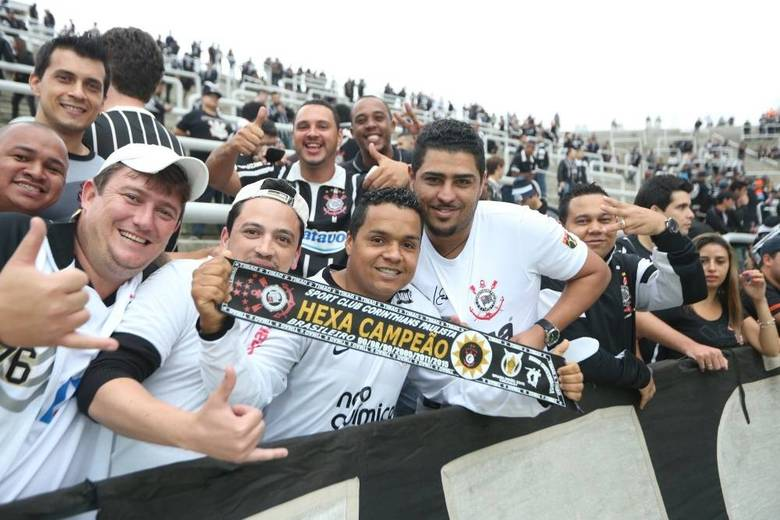 7d9b8ef165 TV PSI   Corinthians Hexa Campeão 2015!! Título confirma Tite como ...