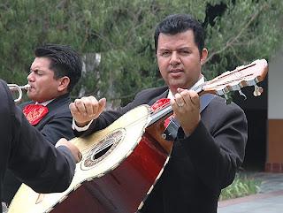 Guitarrón