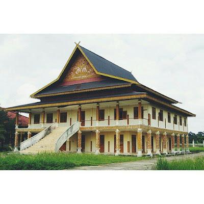 Balai Kerapatan Adat Indragiri Danau Raja