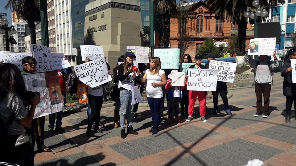 Activistas concentrados en Plaza del Estudiante se dirigieron al Ministerio de Justicia