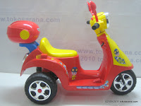 1 Junior TR0903 Skupi Battery-powered Toy Motorcycle in Red 1