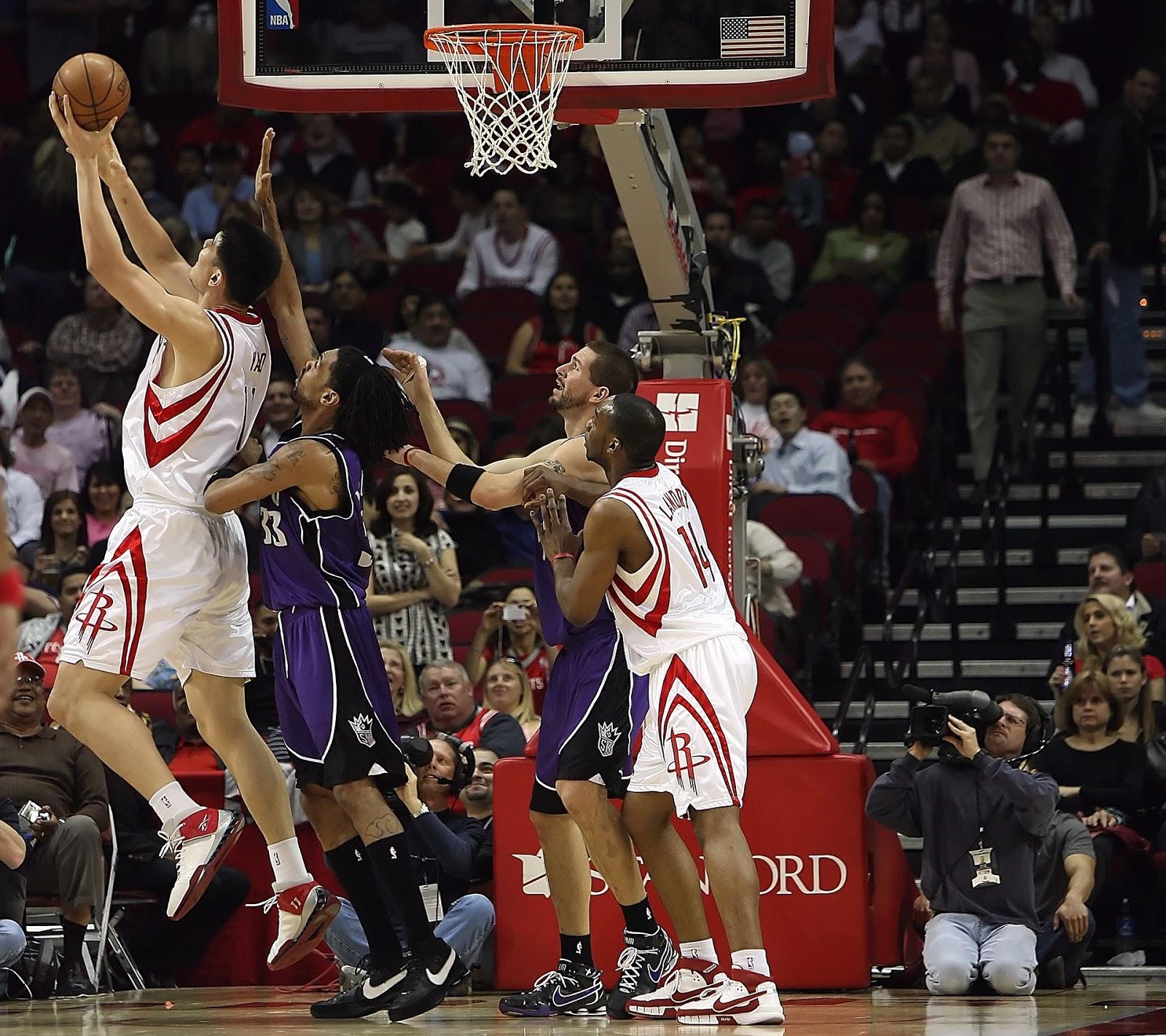 la posicion de poste es una de las mas duras en el basquetbol