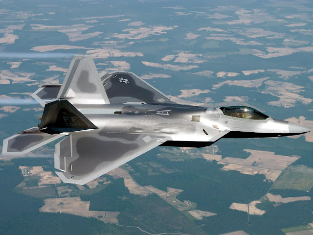F-22 Raptors 4K HD Desktop Wallpaper for