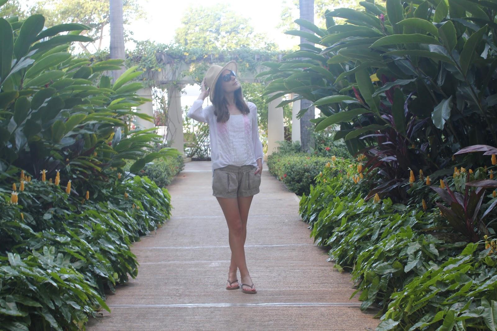 sunhat and safari kaki shorts