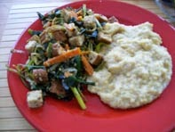 rezept vegan tofu mit gemüse und cremiger polenta hauptspeise