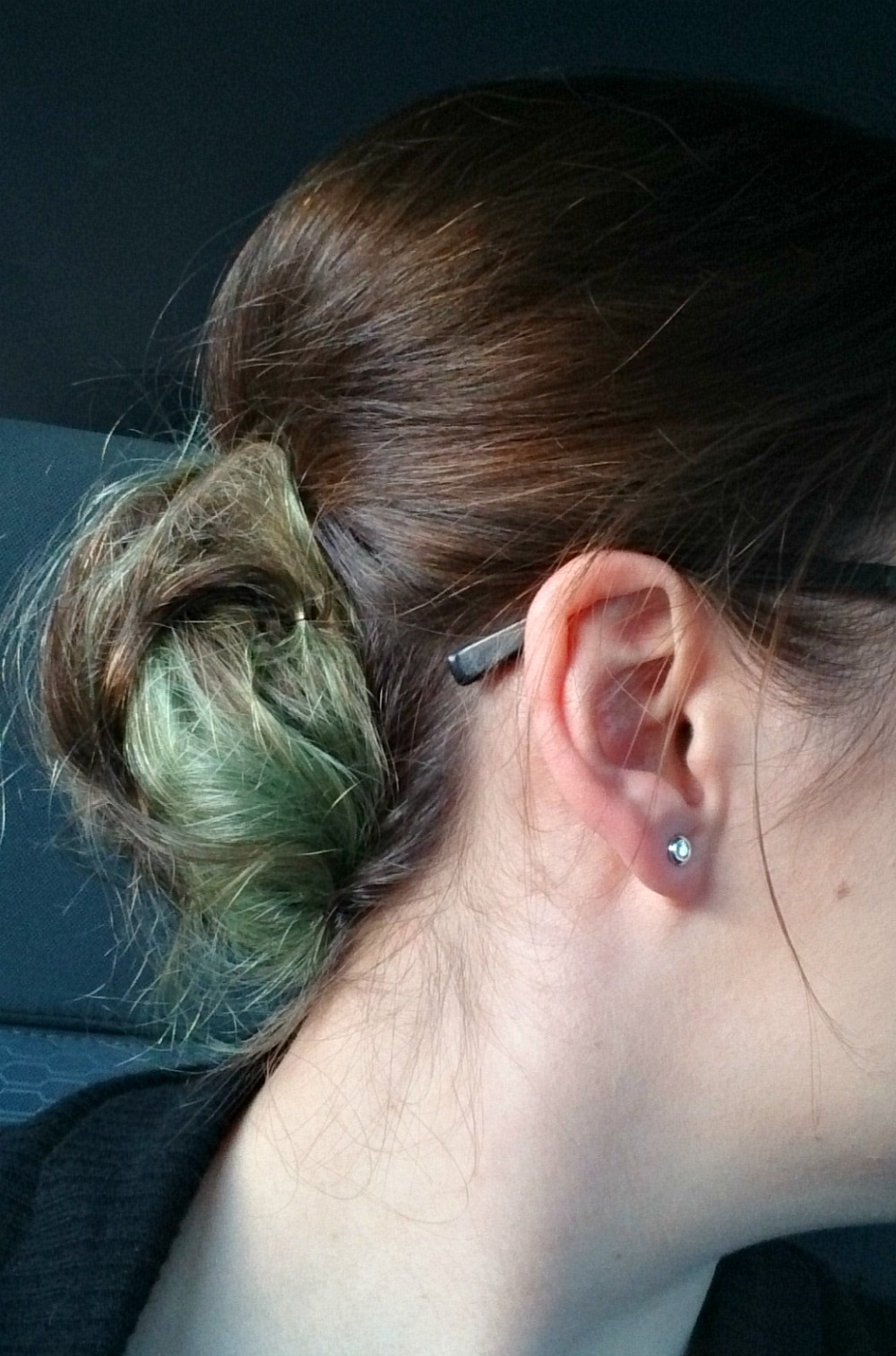 How Does Joico Peacock Look Faded? / Mint green pastel hair in bun