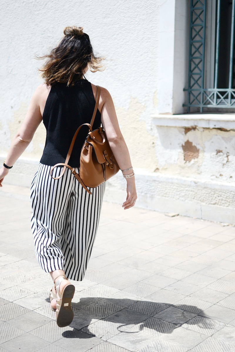 Cute travel outfit idea Aritzia Wilfred Crevier knit top Zara striped culottes Vancouver blogger