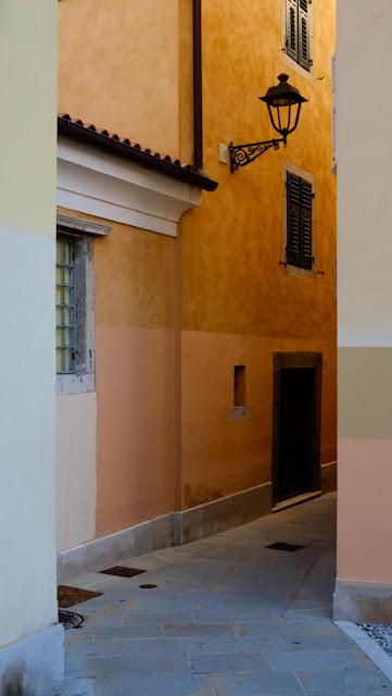 Vicolo in Città Vecchia a Trieste