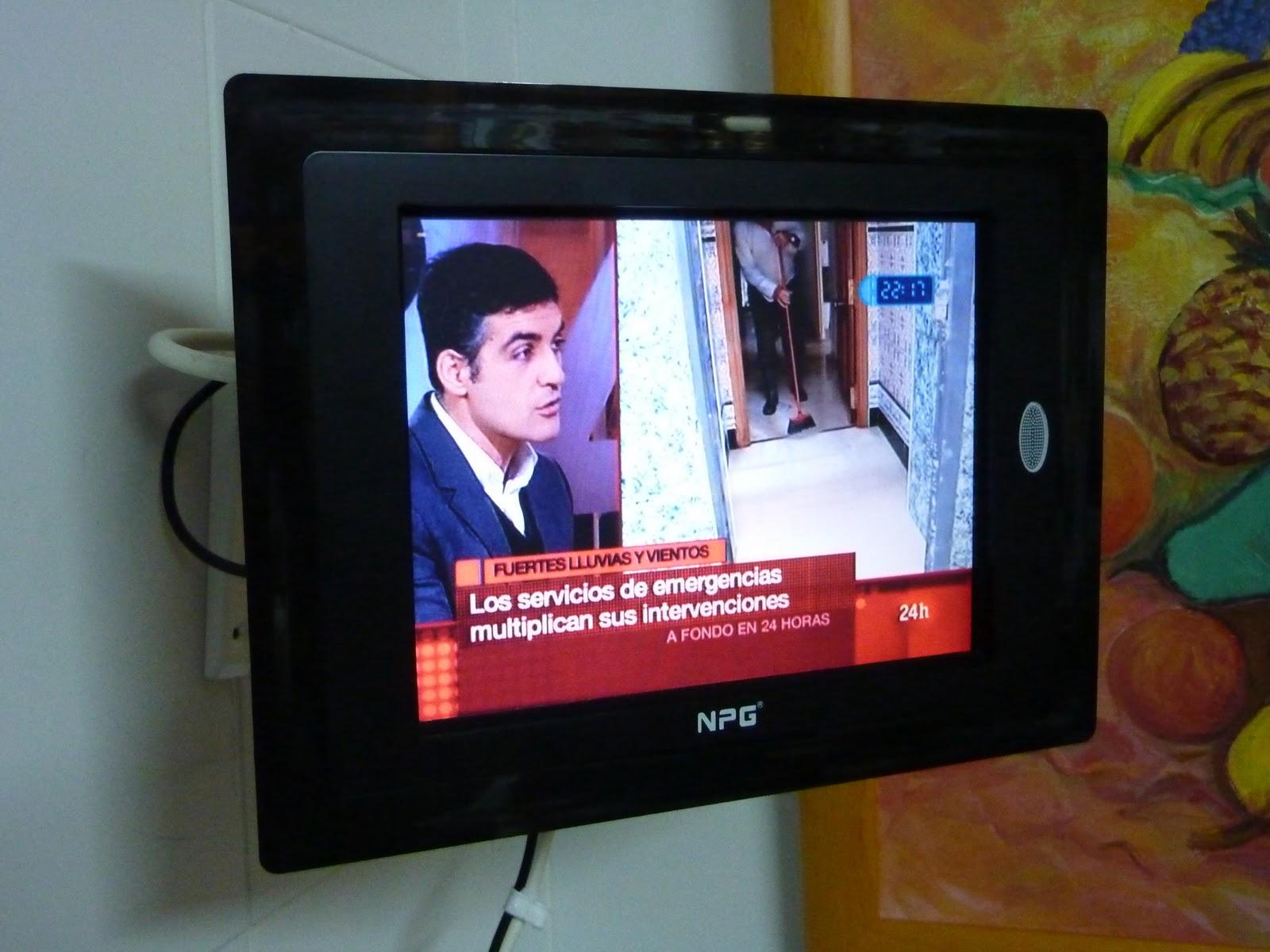 Mi Cuarta Dimension: Soporte de pared barato para TV-LCD