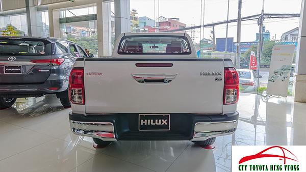 Giá xe, thông số kỹ thuật và đánh giá chi tiết bán tải Toyota Hilux 2018 nhập khẩu - ảnh 14