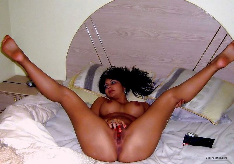 Naked plump girl bent over